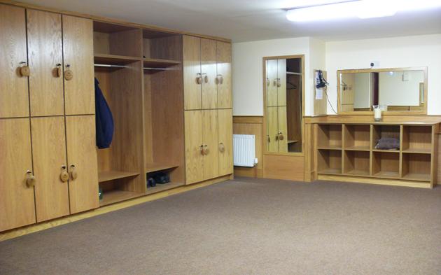 Golf Club Locker Room